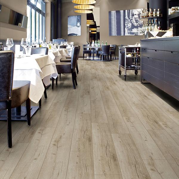 Laminate flooring 3180 OAK LUGANO SWPNOB3180/4